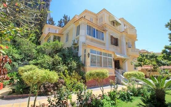هل فكرت الاستمتاع بسكن راقي في منطقة كفر عبده بالإسكندرية؟